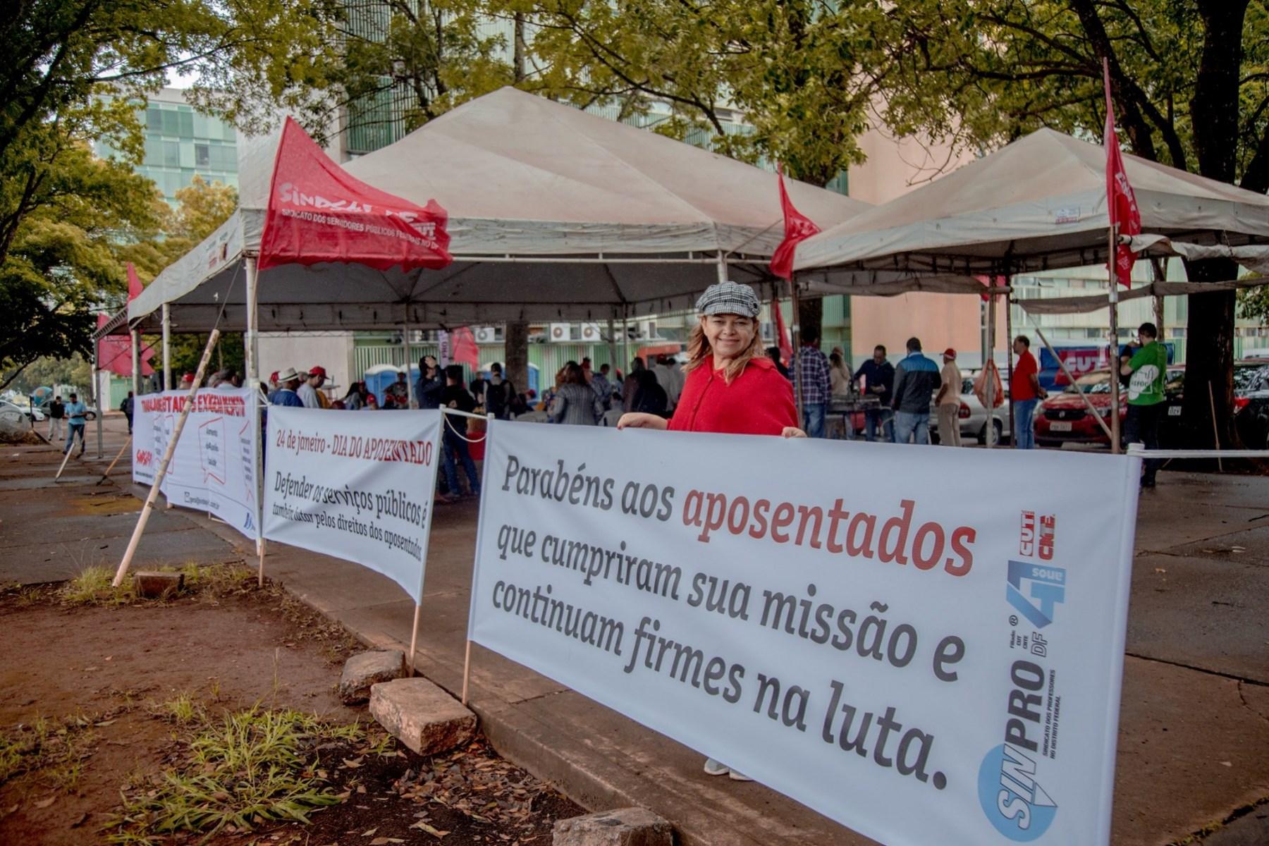 2020.01.24_Ato-em-defesa-do-Servico-Publico-e-dos-direitos-dos-aposentados_fotos-ECOM-7