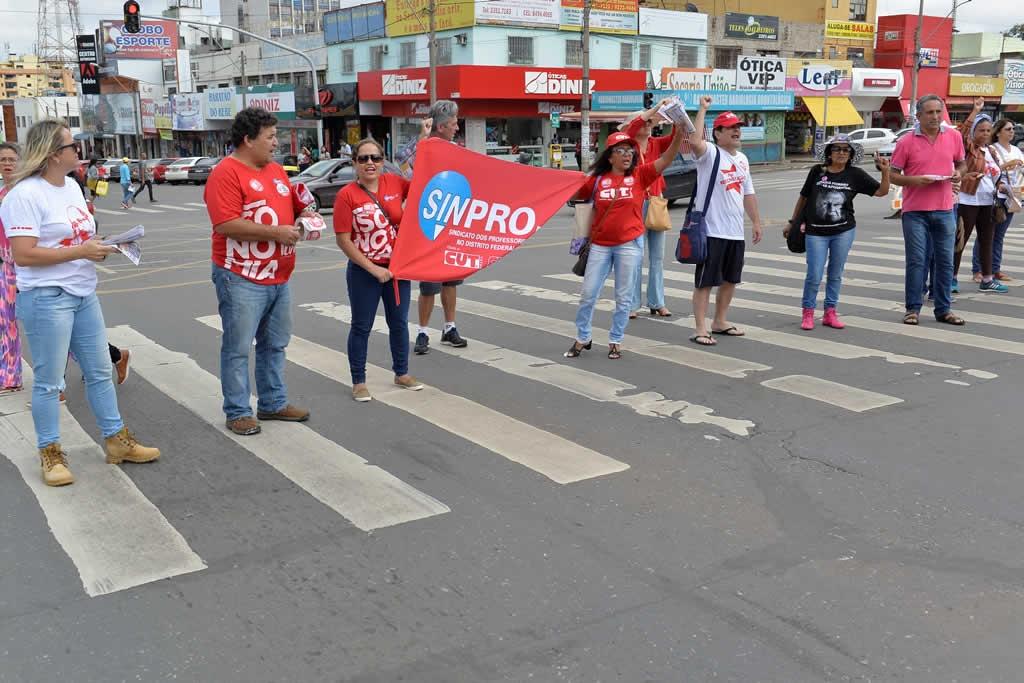 2017.03.30_Ato praca do relogio_Deva Garcia (31)