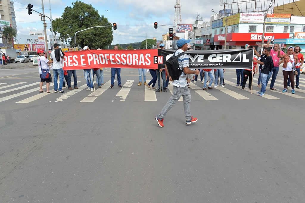 2017.03.30_Ato praca do relogio_Deva Garcia (44)