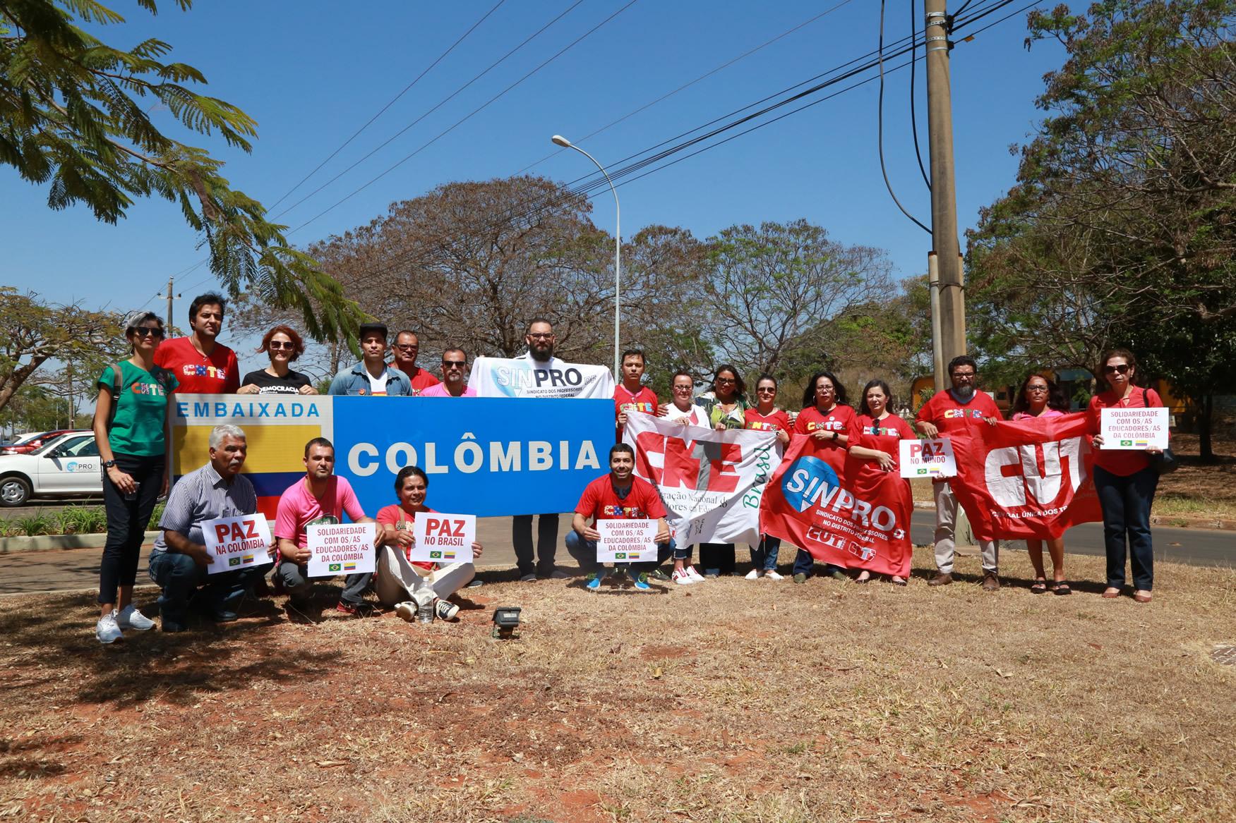 2019.09.12-Ato-Embaixada-Colombia_fotos-ECOM-14