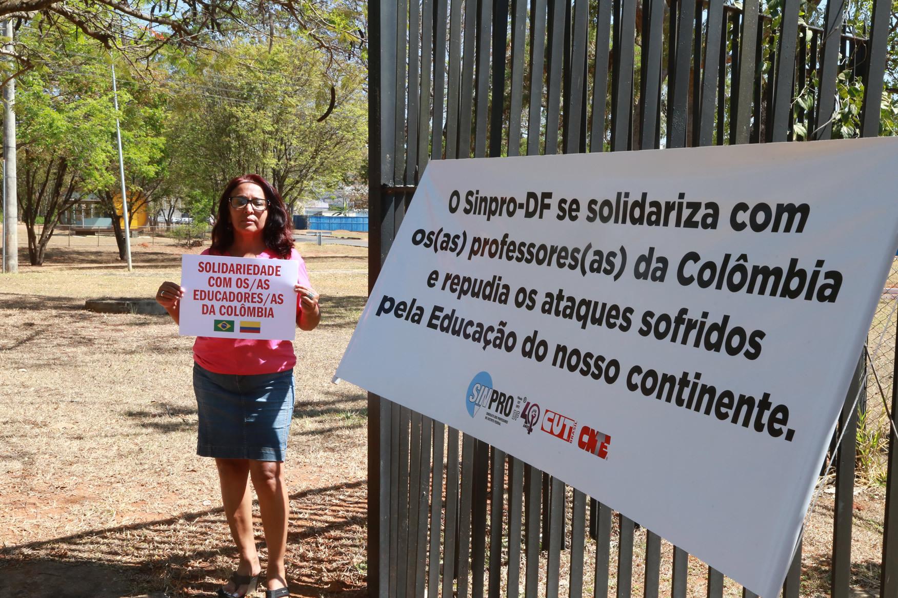 2019.09.12-Ato-Embaixada-Colombia_fotos-ECOM-20