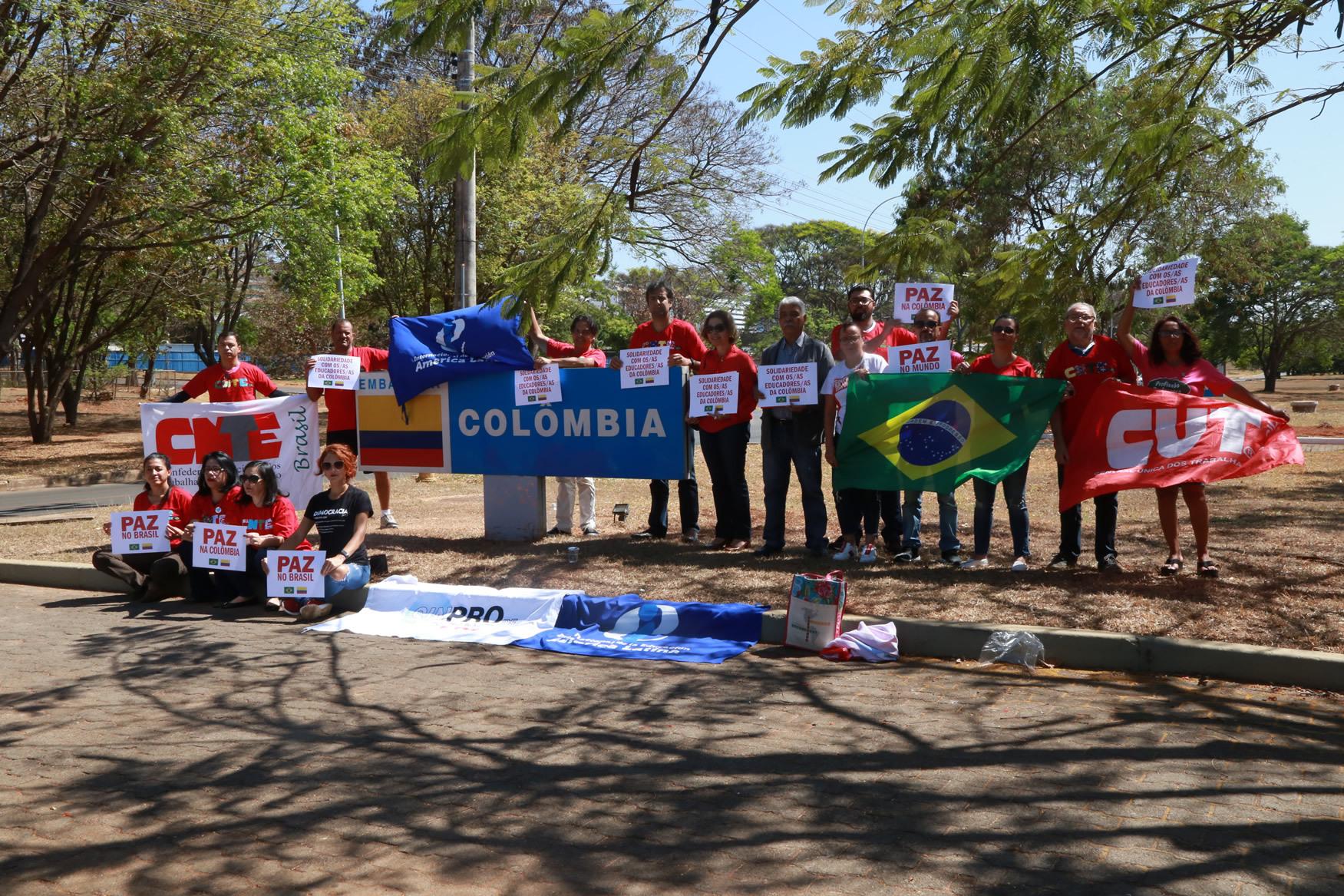 2019.09.12-Ato-Embaixada-Colombia_fotos-ECOM-23