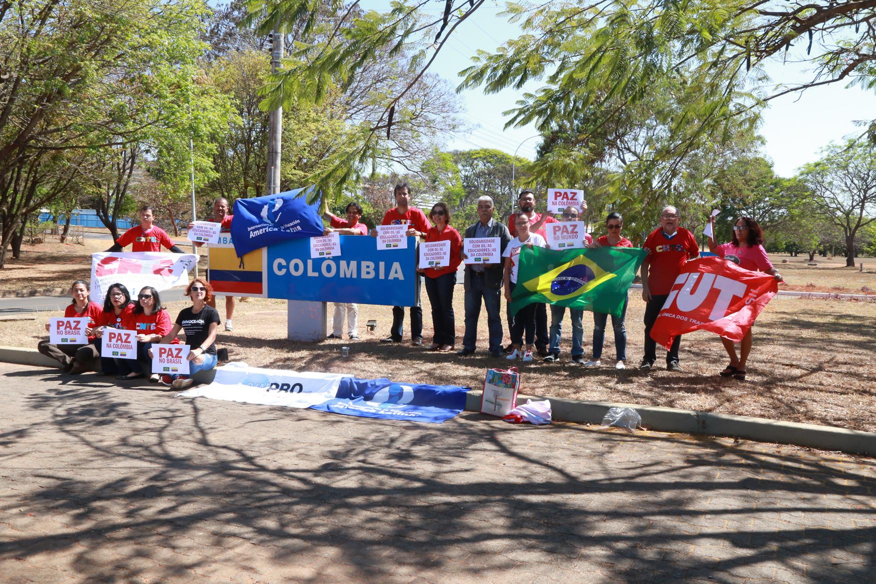 2019.09.12-Ato-Embaixada-Colombia_fotos-ECOM-25