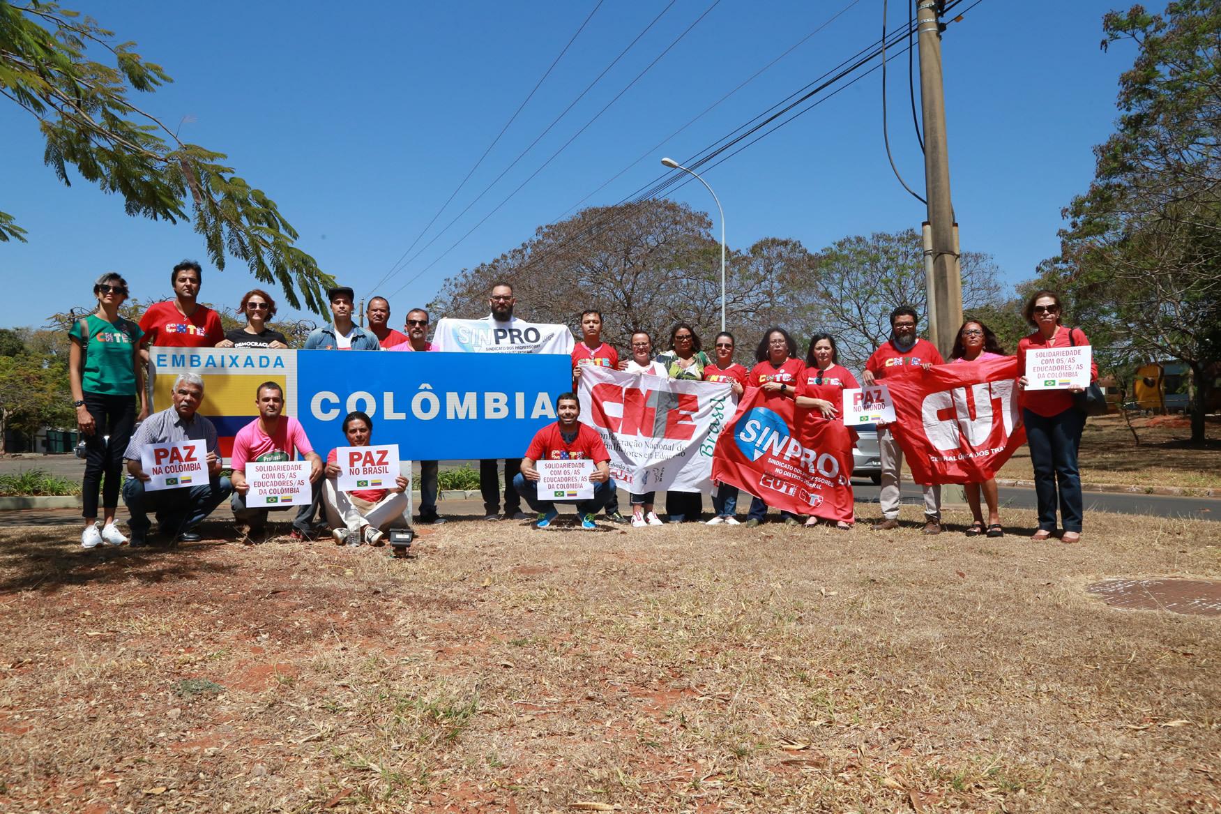 2019.09.12-Ato-Embaixada-Colombia_fotos-ECOM-3