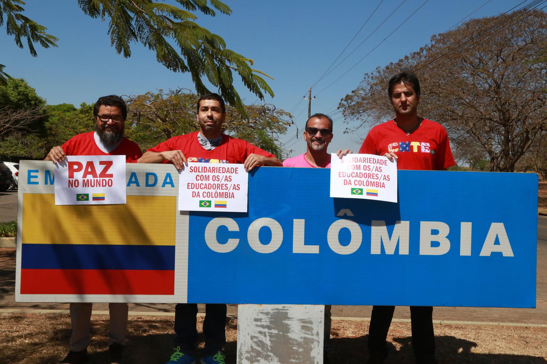 2019.09.12-Ato-Embaixada-Colombia_fotos-ECOM-6