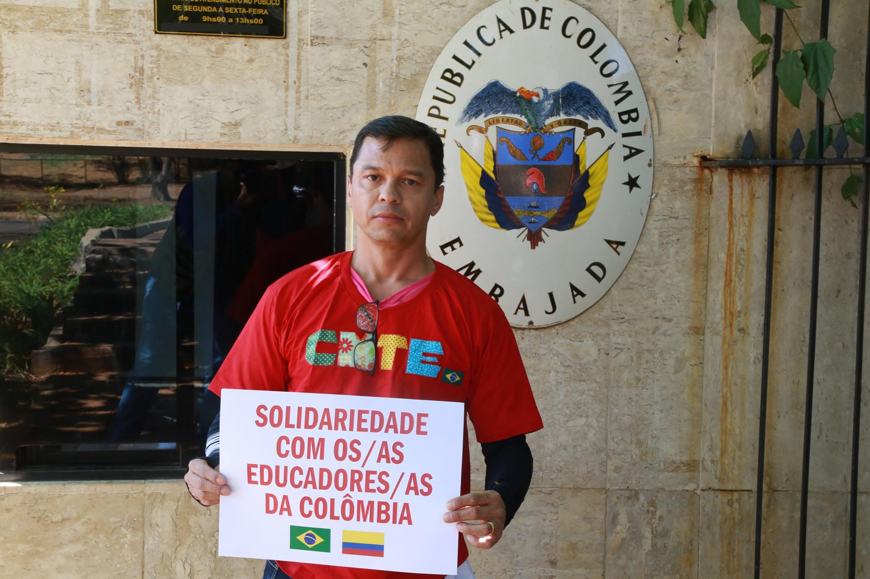 2019.09.12-Ato-Embaixada-Colombia_fotos-ECOM-8