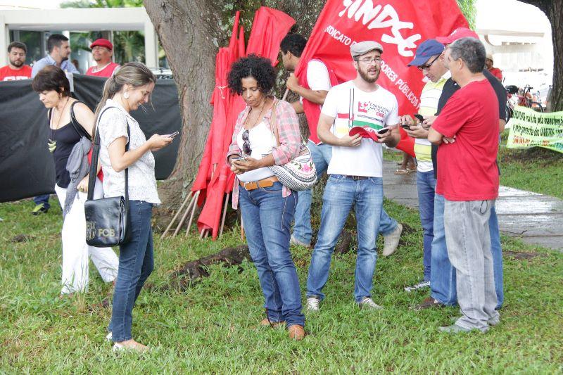2015.01.28 - Ato Público pelo Dia Nacional de Lutas em Defesa dos Direitos e do Emprego_Foto (14)