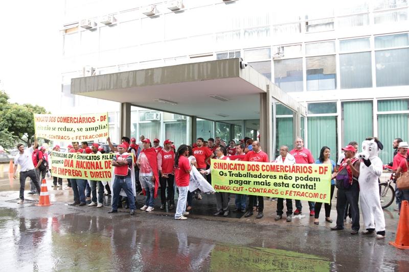 2015.01.28 - Ato Público pelo Dia Nacional de Lutas em Defesa dos Direitos e do Emprego_Foto (18)