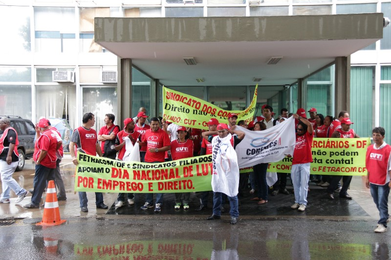 2015.01.28 - Ato Público pelo Dia Nacional de Lutas em Defesa dos Direitos e do Emprego_Foto (3)