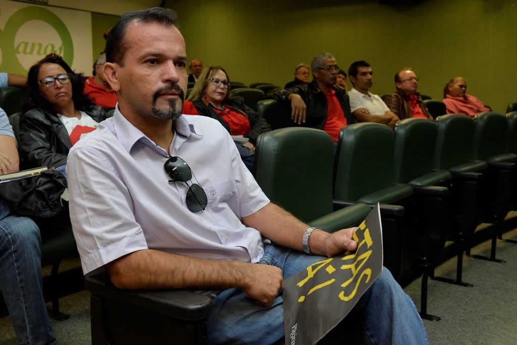 2017.07.14 MANHA_Congresso cut Brasilia-fotos Deva Garcia (21)