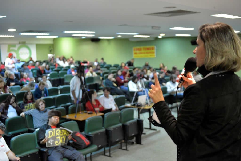 2017.07.14 MANHA_Congresso cut Brasilia-fotos Deva Garcia (43)