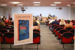 2019.11.05-Lancamento-do-livro-Paulo-Freire-mais-do-que-nunca_fotos-ECOM-1