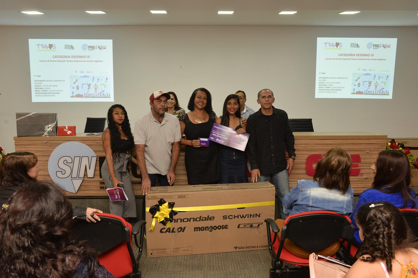 2019.05.16_PREMIACAO-DO-X-CONCURSO-DE-REDACAO_fotos-Deva-Garcia-27