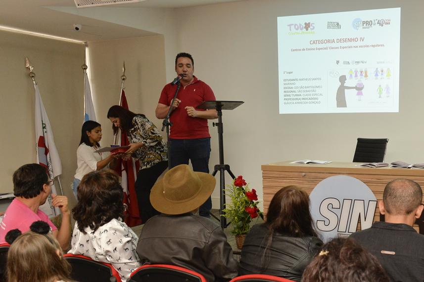 2019.05.16_PREMIACAO-DO-X-CONCURSO-DE-REDACAO_fotos-Deva-Garcia-31