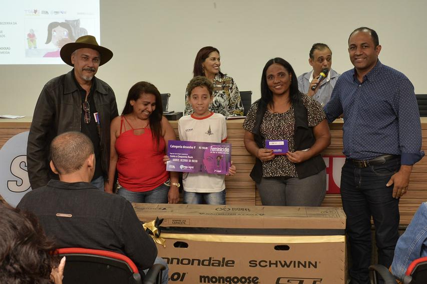 2019.05.16_PREMIACAO-DO-X-CONCURSO-DE-REDACAO_fotos-Deva-Garcia-35