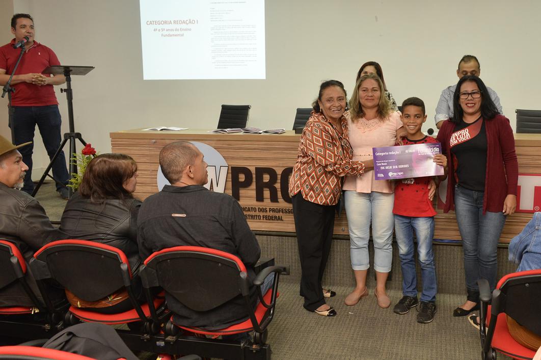 2019.05.16_PREMIACAO-DO-X-CONCURSO-DE-REDACAO_fotos-Deva-Garcia-41