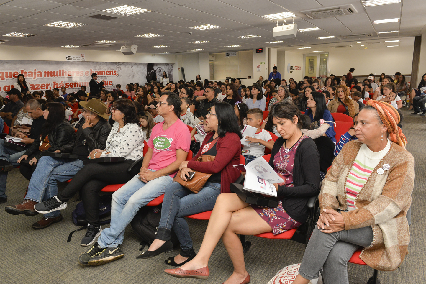 2019.05.16_PREMIACAO-DO-X-CONCURSO-DE-REDACAO_fotos-Deva-Garcia-6