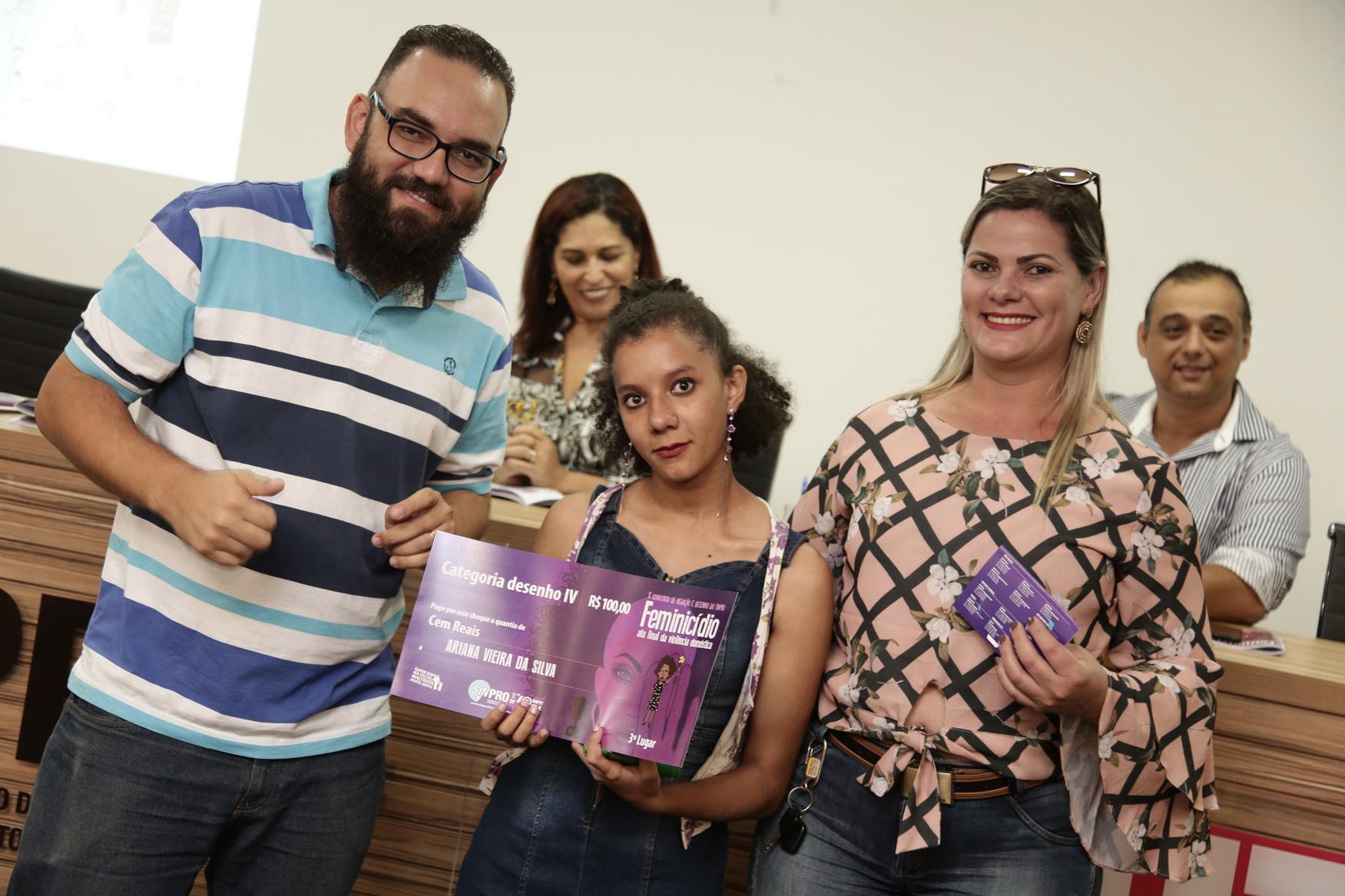 2019.05.19-Premiacao-do-X-Concurso-de-Redacao-do-Sinpro-DF_fotos-ECOM-120