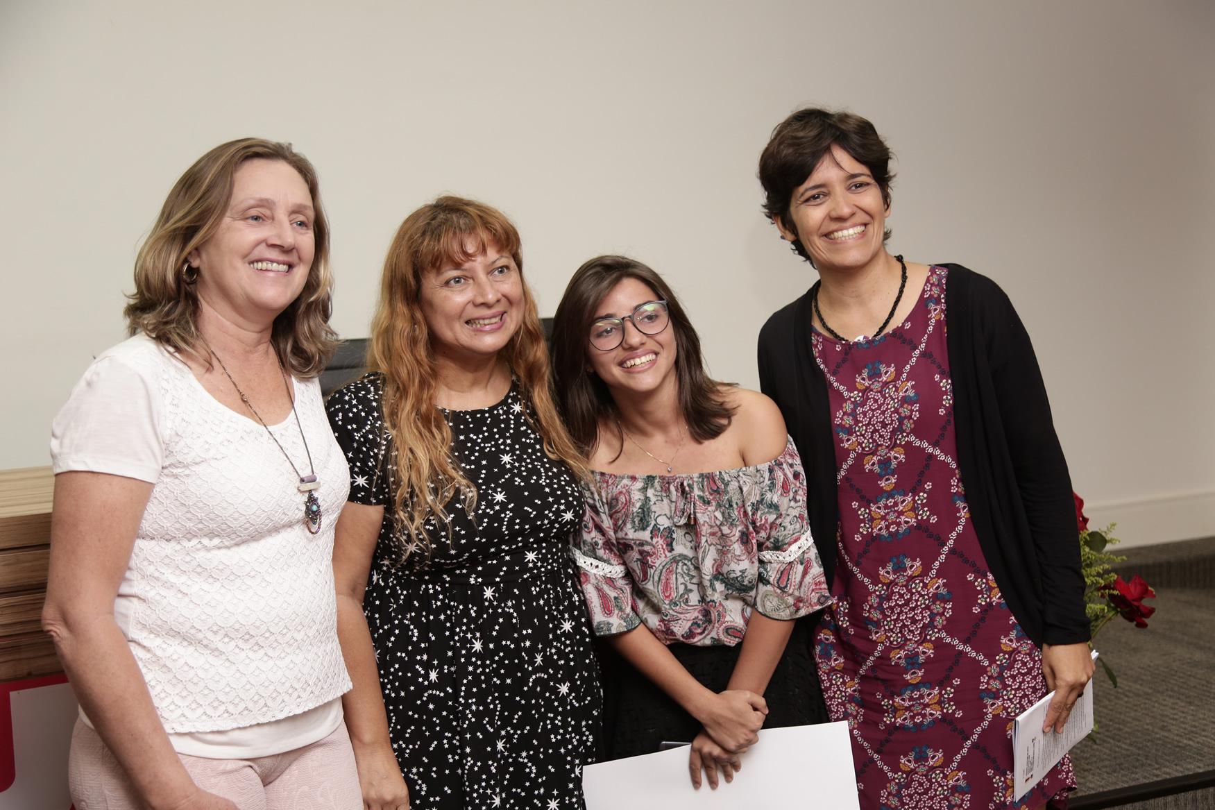 2019.05.19-Premiacao-do-X-Concurso-de-Redacao-do-Sinpro-DF_fotos-ECOM-13