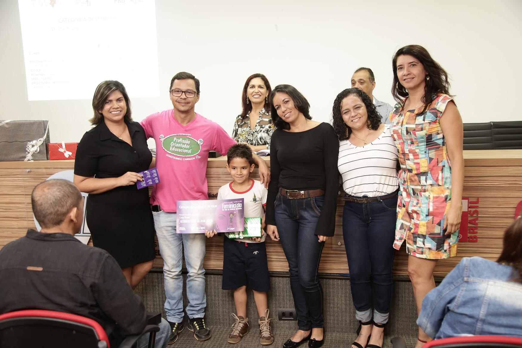 2019.05.19-Premiacao-do-X-Concurso-de-Redacao-do-Sinpro-DF_fotos-ECOM-132