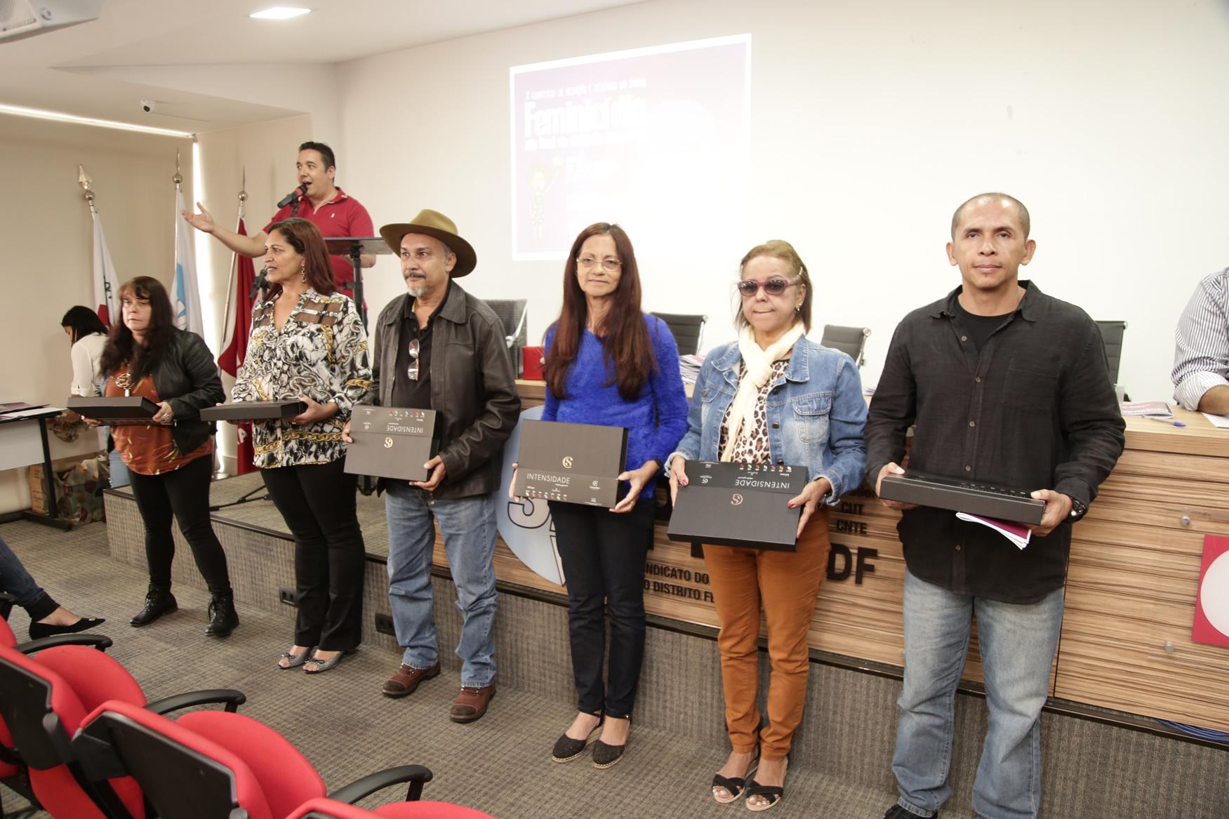 2019.05.19-Premiacao-do-X-Concurso-de-Redacao-do-Sinpro-DF_fotos-ECOM-151