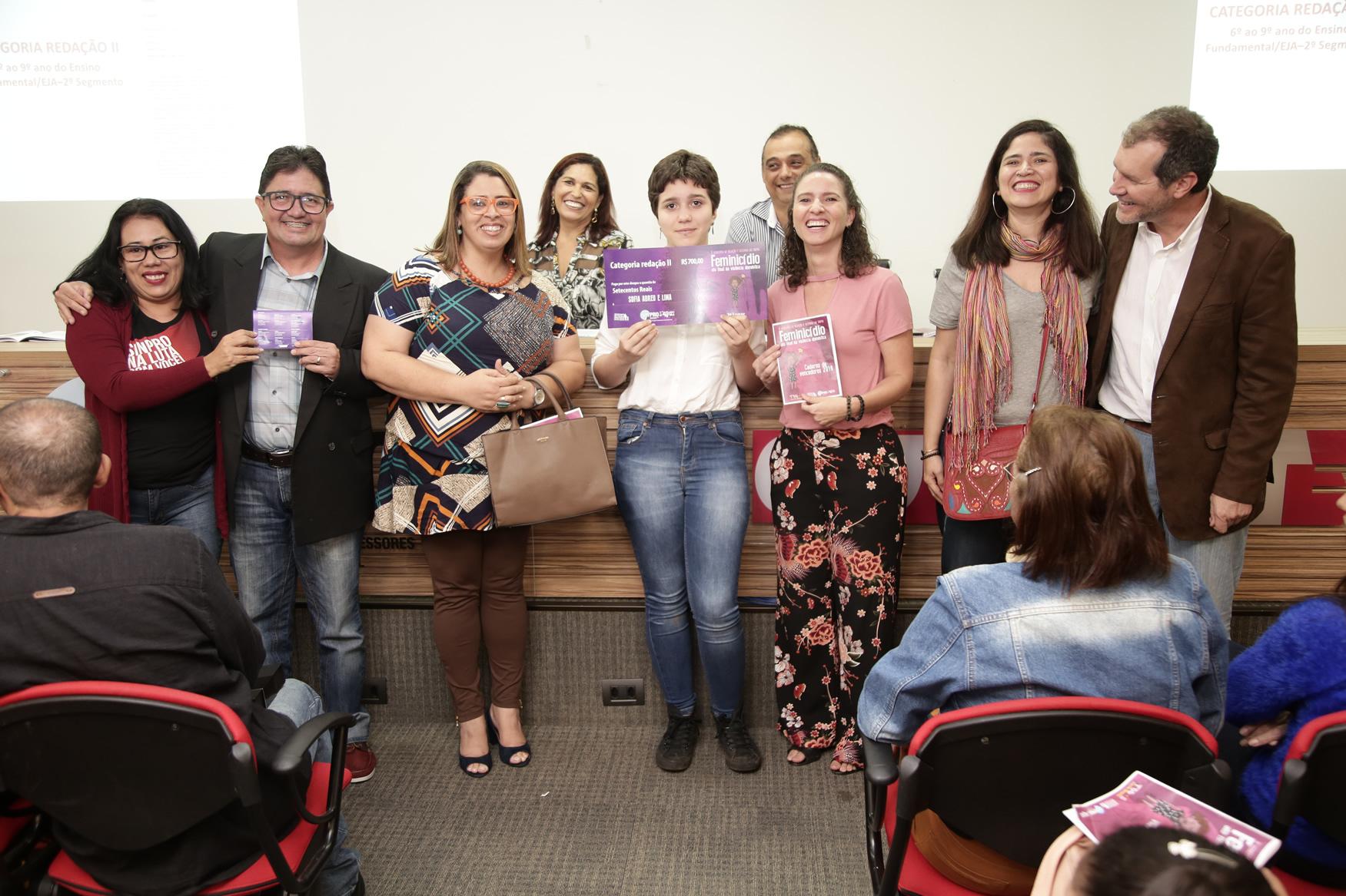 2019.05.19-Premiacao-do-X-Concurso-de-Redacao-do-Sinpro-DF_fotos-ECOM-25