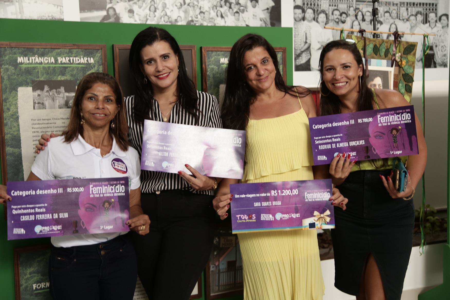 2019.05.19-Premiacao-do-X-Concurso-de-Redacao-do-Sinpro-DF_fotos-ECOM-3