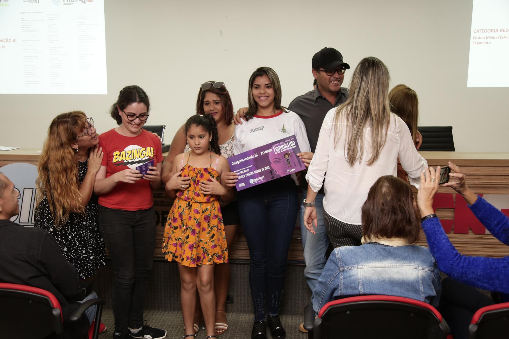 2019.05.19-Premiacao-do-X-Concurso-de-Redacao-do-Sinpro-DF_fotos-ECOM-51