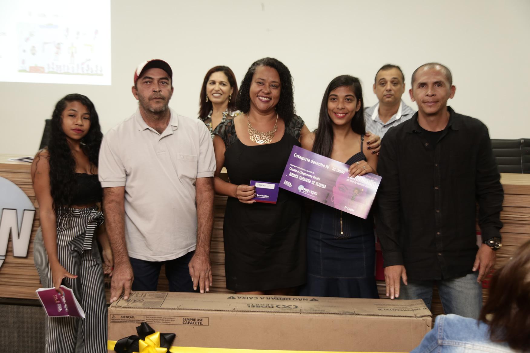 2019.05.19-Premiacao-do-X-Concurso-de-Redacao-do-Sinpro-DF_fotos-ECOM-81