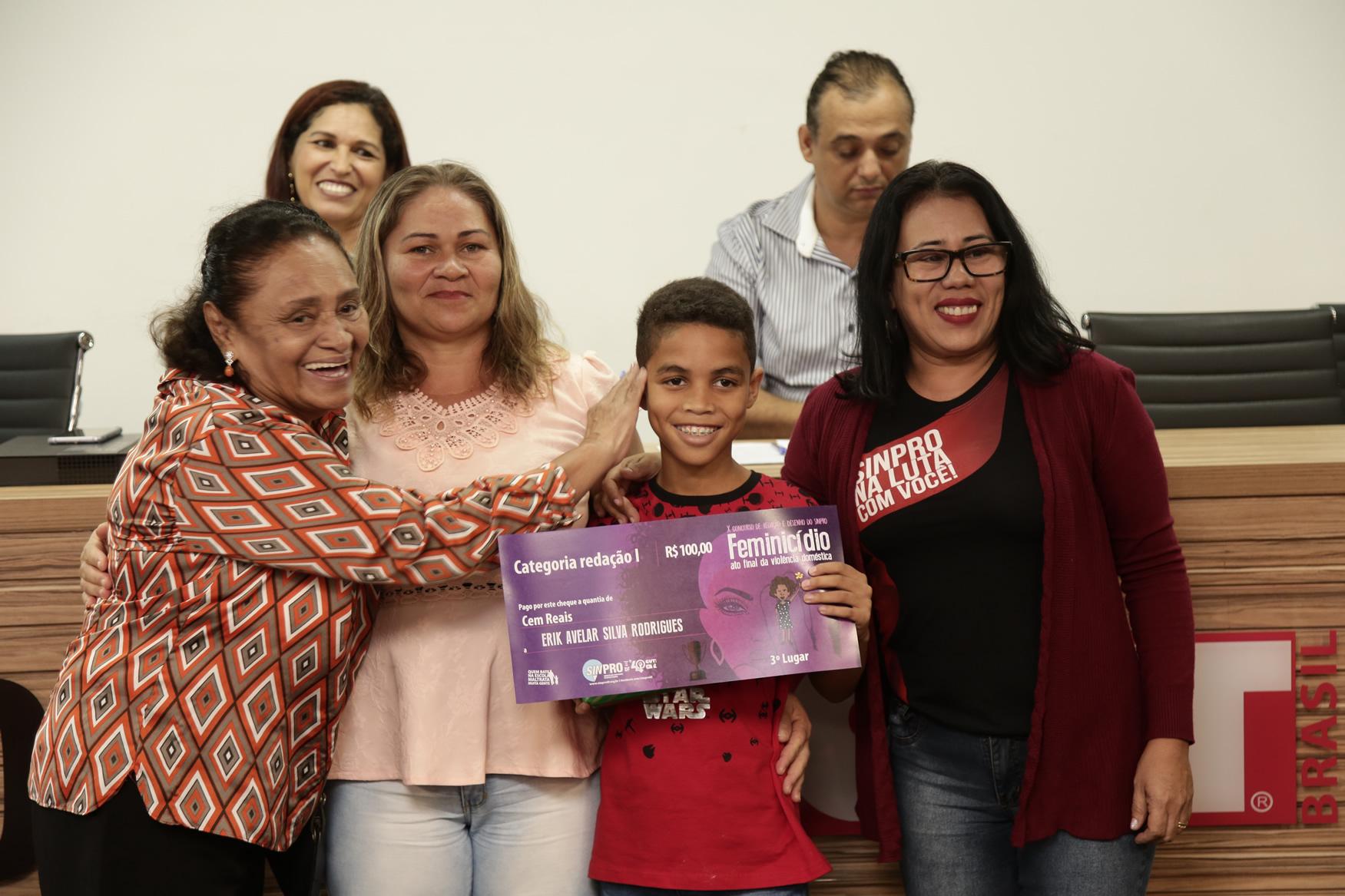 2019.05.19-Premiacao-do-X-Concurso-de-Redacao-do-Sinpro-DF_fotos-ECOM-82