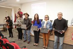 2019.05.19-Premiacao-do-X-Concurso-de-Redacao-do-Sinpro-DF_fotos-ECOM-152