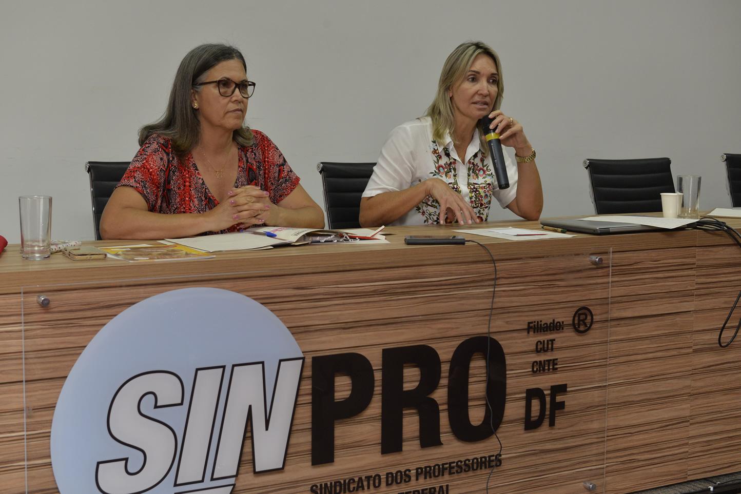 2019.01.07_Reuniao-com-os-aposentados-sobre-pecunia_fotos-Deva-Garcia-18