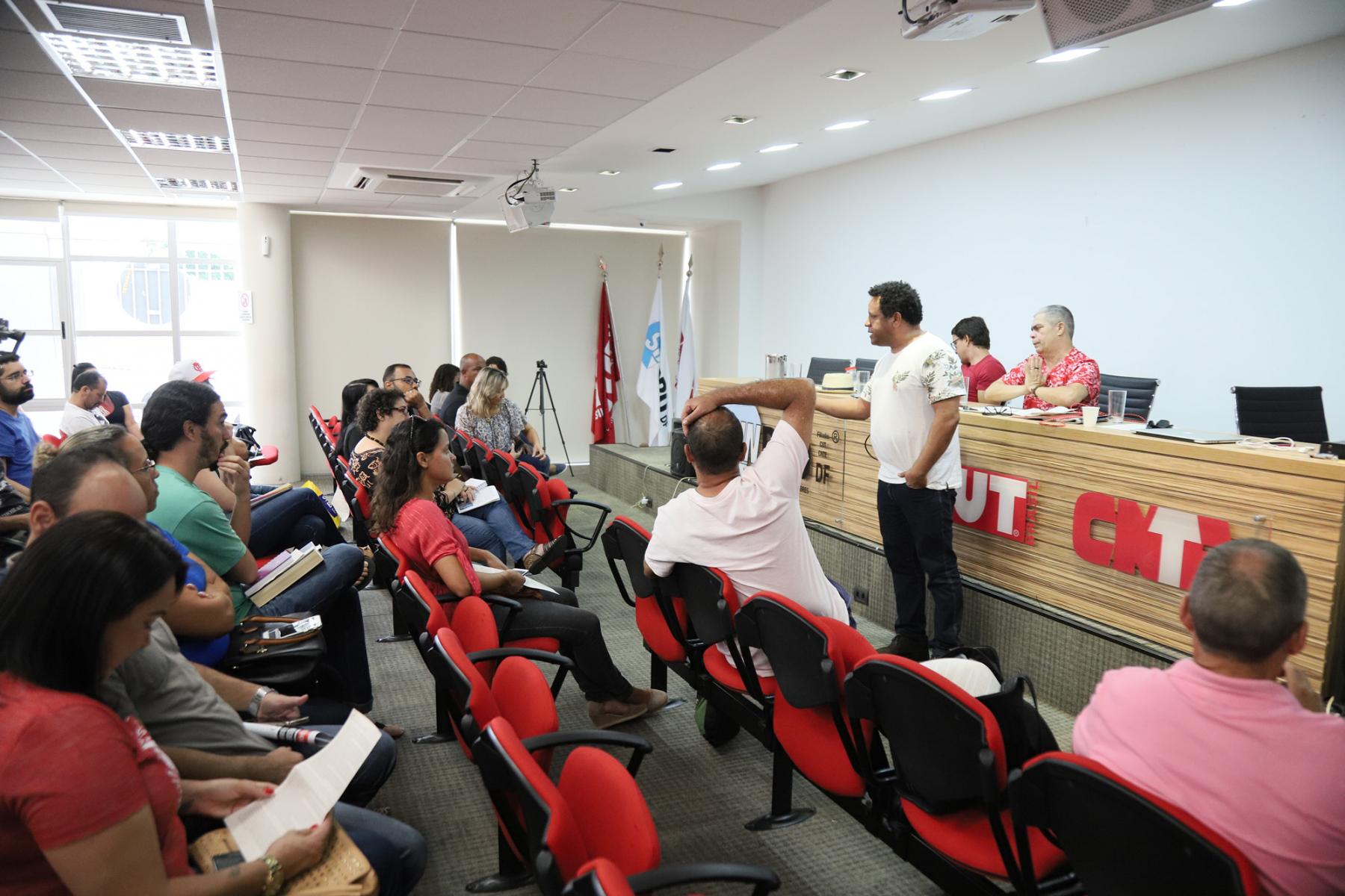 2019.01.17-Reuniao-sobre-Militarizacao-das-escolas-25