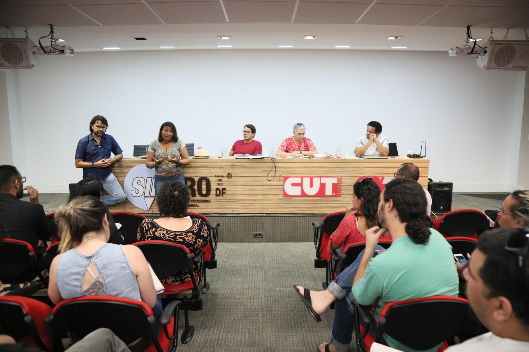 2019.01.17-Reuniao-sobre-Militarizacao-das-escolas-4