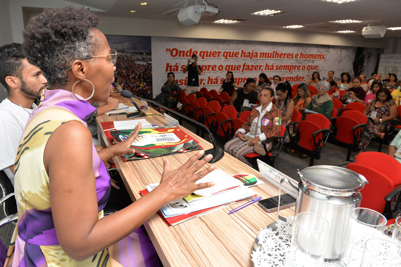 2016.04.25 - Seminario Antirracista_Deva Garcia (38)