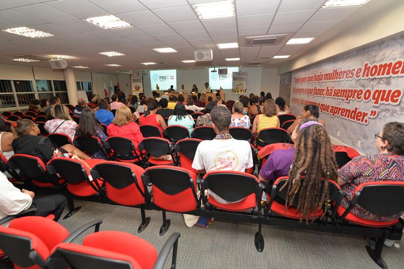 2016.04.25 - Seminario Antirracista_Deva Garcia (63)
