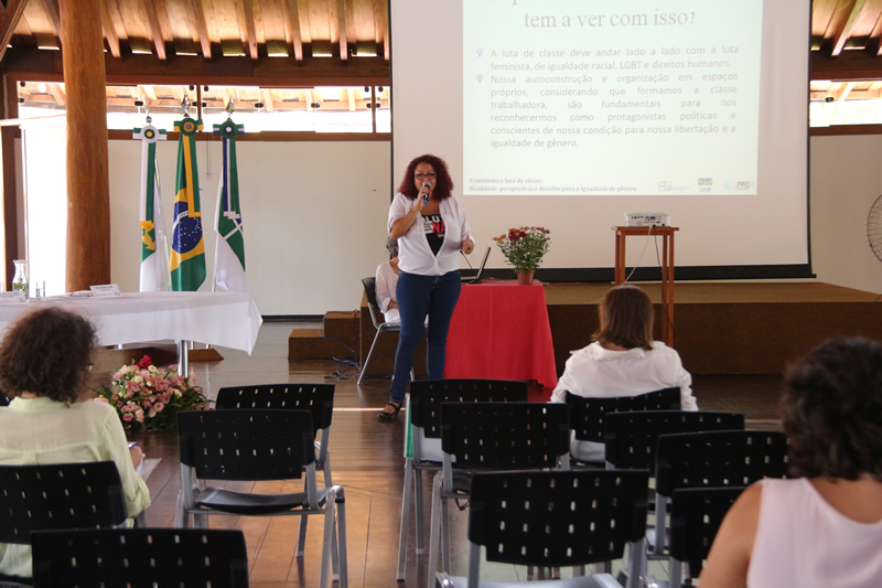 2015.11.26 - Seminário de Genero Turismo Interdisciplinaridade na UNB_Foto (1)