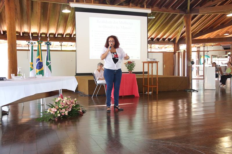 2015.11.26 - Seminário de Genero Turismo Interdisciplinaridade na UNB_Foto (2)