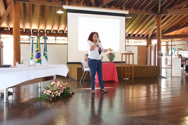2015.11.26 - Seminário de Genero Turismo Interdisciplinaridade na UNB_Foto (3)