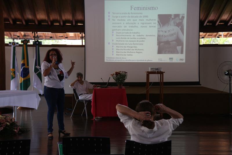 2015.11.26 - Seminário de Genero Turismo Interdisciplinaridade na UNB_Foto (5)