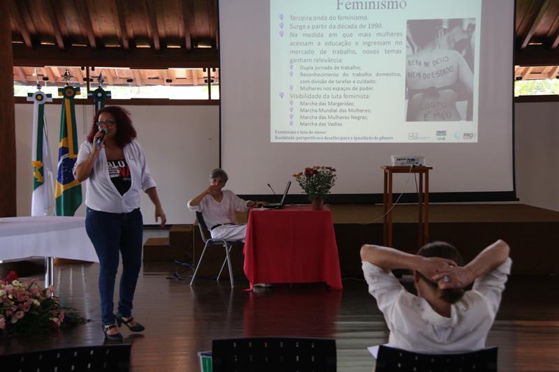 2015.11.26 - Seminário de Genero Turismo Interdisciplinaridade na UNB_Foto (7)