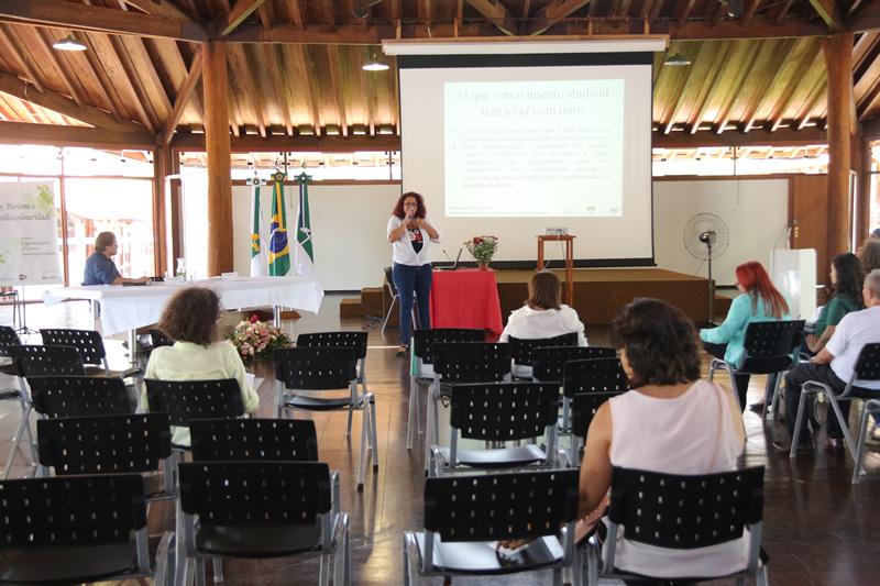 2015.11.26 - Seminário de Genero Turismo Interdisciplinaridade na UNB_Foto (9)