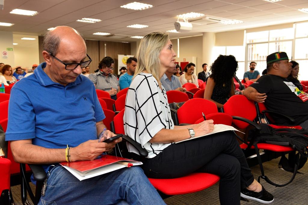 2016.12.03_Seminario Ensino Medio_Deva Garcia_foto (22)
