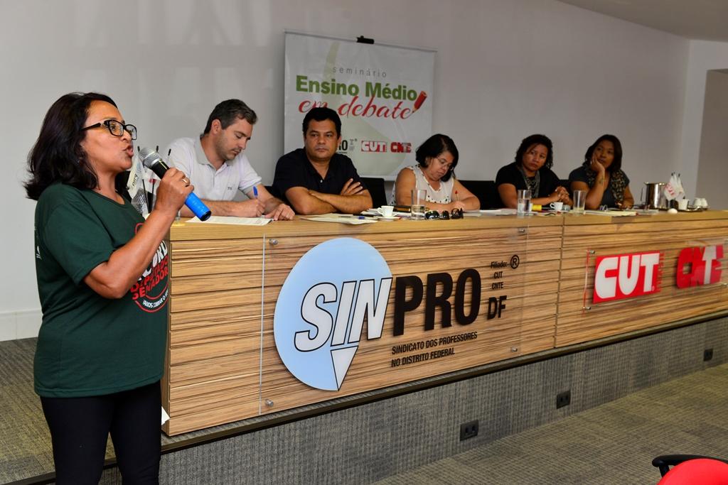2016.12.03_Seminario Ensino Medio_Deva Garcia_foto (49)