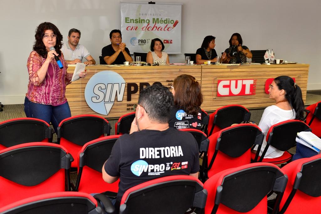 2016.12.03_Seminario Ensino Medio_Deva Garcia_foto (51)