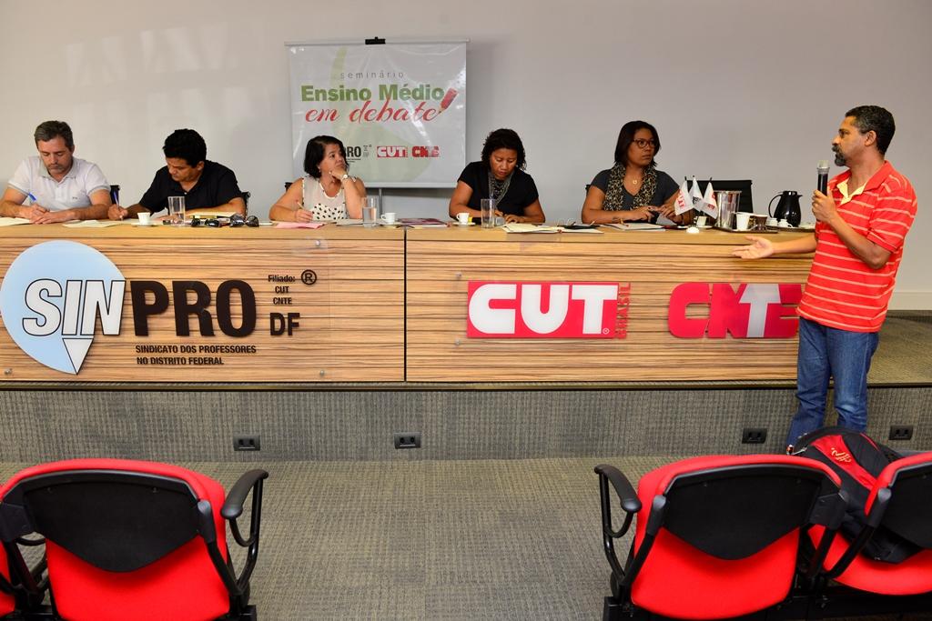 2016.12.03_Seminario Ensino Medio_Deva Garcia_foto (52)