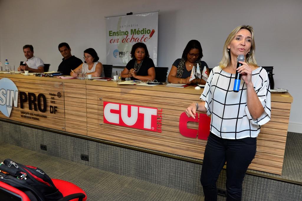 2016.12.03_Seminario Ensino Medio_Deva Garcia_foto (61)