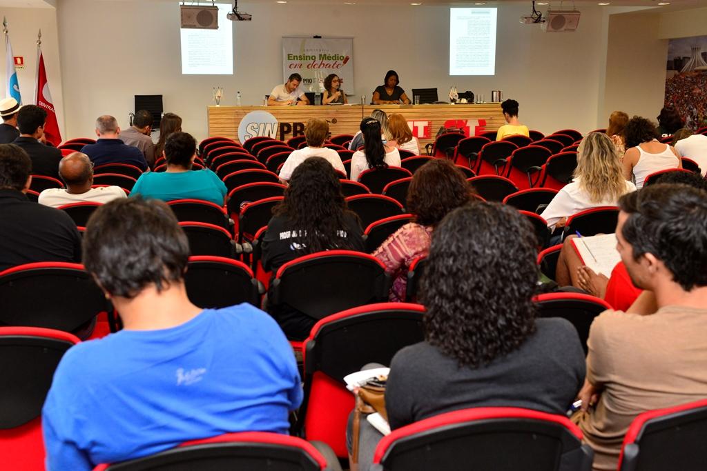 2016.12.03_Seminario Ensino Medio_Deva Garcia_foto (69)