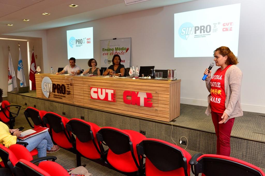 2016.12.03_Seminario Ensino Medio_Deva Garcia_foto (73)