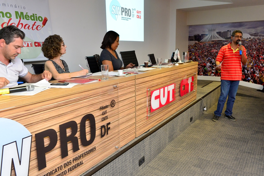 2016.12.03_Seminario Ensino Medio_Deva Garcia_foto (78)
